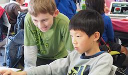 CA Tech Kids、英語×ITを学ぶ「English × IT CAMP」を5月に神戸で開催 中高生向けプログラミング教育の Life is Techと共同実施